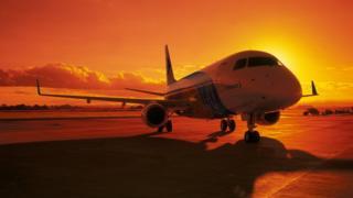 Avião E170