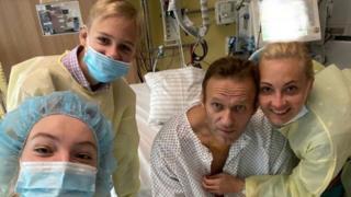 Navalny en el hospital.