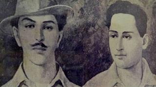 भगत सिंह और बटुकेश्वर दत्त की एक पुरानी तस्वीर