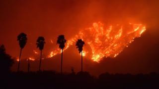 Incendio en el condado Ventura