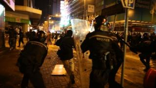 Clashes in Mong Kok (9 Feb 2016)