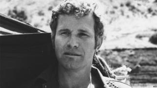 Wayne Rogers as Trapper John McIntyre