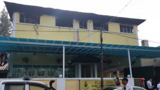 火は生徒たちが寝ていた2階部分から出た