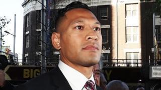 Folau diberhentikan Rugby Australia permulaan tahun ini terkait komentarnya terhadap kaum gay.