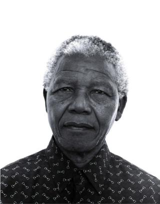 Jillian Edelstein's portrait of Nelson Mandela taken in 1997 at the Presidential house
