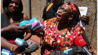 Mwanaharakati wa Uganda Stella Nyanzi aliyekamatwa kwa kumtusi mke wa rais janet Museveni