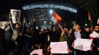 Demonstrators shout slogans outside the Delhi Police Headquarters to protest following alleged clashes between student groups at Jawaharlal Nehru University (JNU) in New Delhi on January 5, 2020