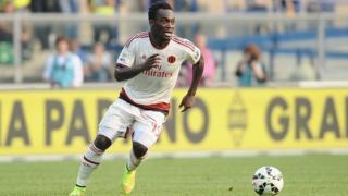 Essien, âgé de 34 ans, a signé pour un an au Persib Bandung, l'un des meilleurs clubs de l'archipel.