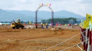 Công trường dự án bauxite khi còn đang xây dựng