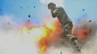 克雷曼在被炸身亡前一瞬间拍摄的照片。