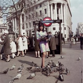 Marie Hallowi near Charing Cross Station, London, 1966