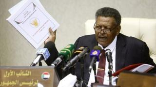 Le nouveau Premier ministre du Soudan, Bakri Hassan Saleh