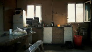 В подобных условиях зачастую живут китайцы на фермах на Дальнем Востоке (на фото - ферма рядом с Волочаевкой, ЕАО)