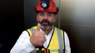 Mario Sepúlveda, uno de los 33 mineros chilenos rescatados en 2010, envió ánimo y esperanza basado en su experiencia de 69 días bajo tierra.