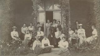 Group photograph of Swanley female students