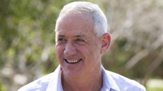 بنی گانتز در زمان نخست وزیری بنیامین نتانیاهو فرمانده ستاد ارتش اسرائیل بوده است