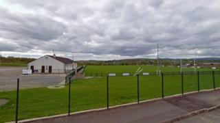 The club grounds are not far from the village of Eglinton