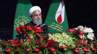 روحانی: برای برنامه موشکی از کسی اجازه نمیگیریم