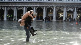 Flood in St Mark's Square, 14 Nov 19