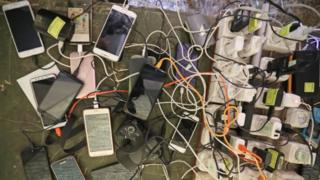 Мобил телефонлар