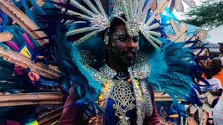 Imágenes del desfile Gran parada en el carnaval de Aruba 2019