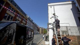 A speaker system is being installed in Windsor ahead of the royal wedding this weekend
