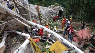 Puente destruido. Foto: Dirección de Bomberos de Colombia.