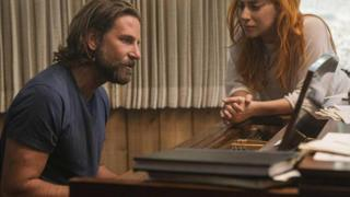 A Star Is Born disutradarai dan diproduseri oleh aktor Bradley Cooper.