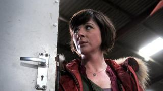 Mali Harries in Hinterland/Y Gwyll