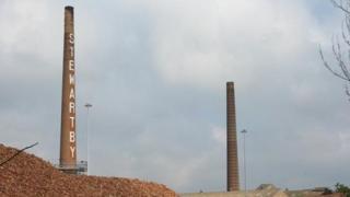 Stewartby chimneys