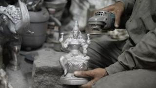 'சிலை கடத்தல் சம்பவங்களுக்கும் எங்களுக்கும் தொடர்பில்லை' - திண்டுக்கல் சீனிவாசன்