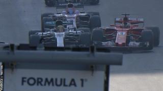 Hamilton dan Vettel