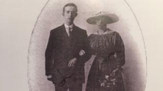 Frank and Hannah Evans on their wedding day