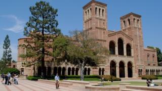 Khuôn viên trường Đại học California Los Angeles (UCLA)