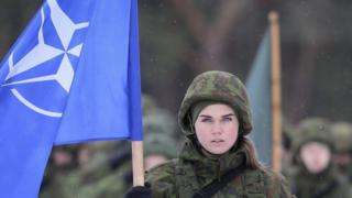 Солдат НАТО в Литві (2 грудня)