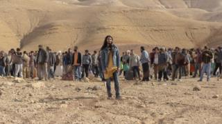Mehdi Dehbi as Al-Mahsi in Netflix's Messiah