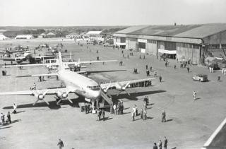 Aircraft and visitors at the 1948 Farnborough Airshow