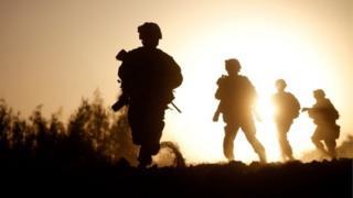 Морские пехотинцы
