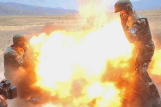 Bu fotoğraf Clayton'un eğitim verdiği Afgan askeri tarafından çekildi.