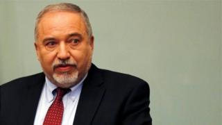 """Avigdor Lieberman yaburiye ko Israel iri """"kwangiza ugukumira ibibazo [kwayo] ko mu gihe kirambye"""""""