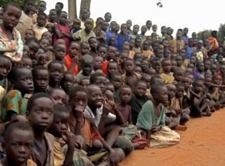 યુગાન્ડાના બાળકોની તસવીર