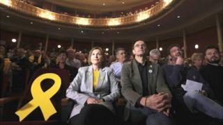 نوار زرد نماد استقلال کاتالونیا است