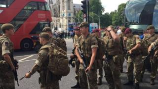 Soldiers arrive at Parliament