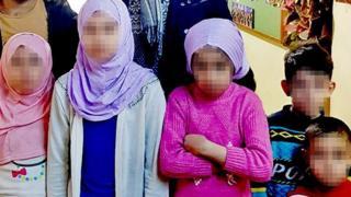 کودکان یتیم ترک