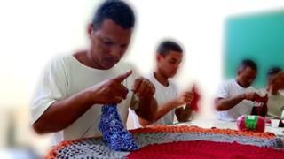 Brazilian prisoners learning crochet