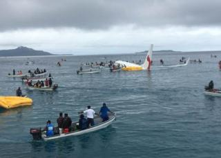 Pesawat Air Niugini jatuh di laguna Mikronesia