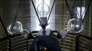 Старый светильник на маяке Нэш-Пойнт