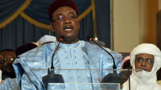 Niger's incumbent president Mahamadou Issoufou delivers a speech at the presidential palace in Niamey on Febuary 26