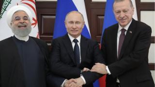 Cumhurbaşkanı Ruhani, Rusya Devlet Başkanı Putin ve Cumhurbaşkanı Erdoğan üçlü zirvede bir araya geldi.