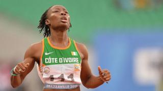 Mariew-Josée Talou après sa victroire en finale sur le 200 mètres à Brazzaville le 17 septembre 2015